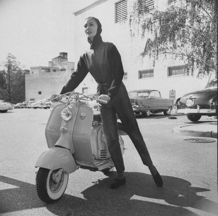 Mynd frá árinu 1956
