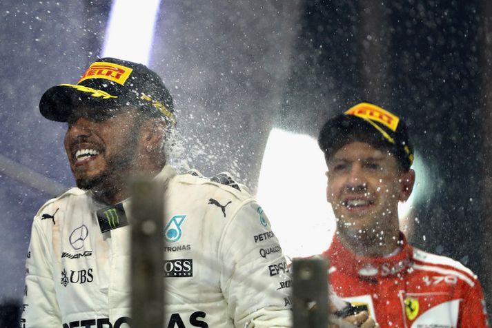 Lewis Hamilton og Sebastian Vettel þekkja kampavínið vel.