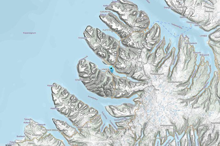 Snjóflóðið féll í sjóinn gegnt Suðureyri og myndaði flóðbylgju.