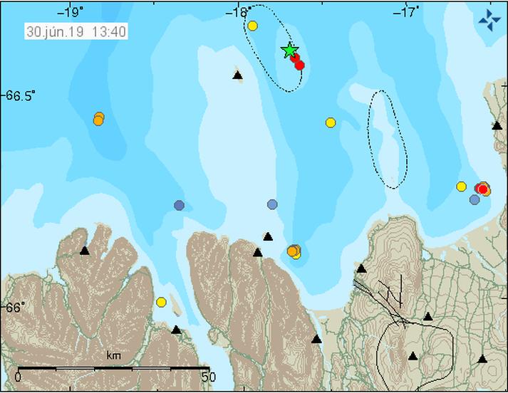 Upptök skjálftans voru 15 kílómetrum austnorðaustan af Grímsey.
