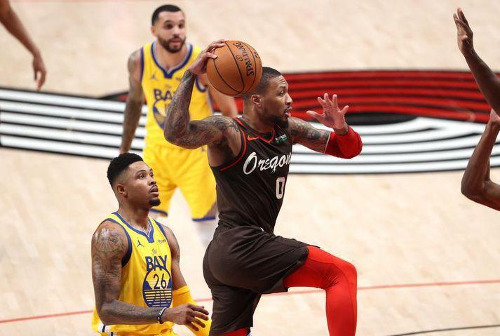 Damian Lillard í leiknum með Portland Trail Blazers á móti Golden State Warriors í nótt.