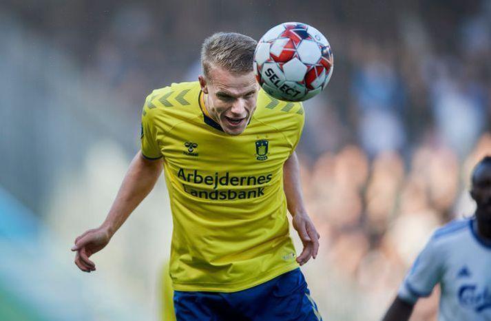 Hjörtur Hermannsson í leik með Bröndby. Hann gæti nú verið á leið til Leeds United í ensku úrvalsdeildinni.