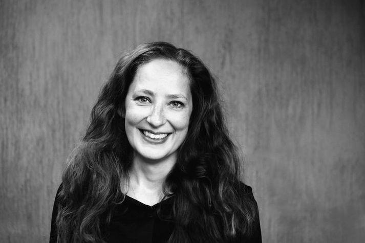 Maríanna Clara Lúthersdóttir er dramatúrg í Borgarleikhúsinu. Hún les sögu dagsins.