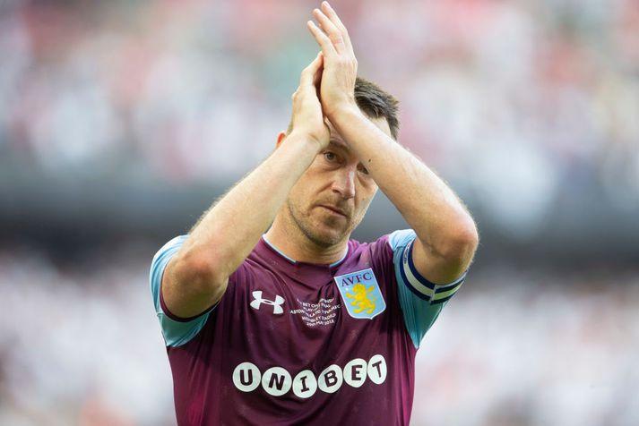Terry hefur kvatt Aston Villa og ætlar að telja peninga í Rússlandi.