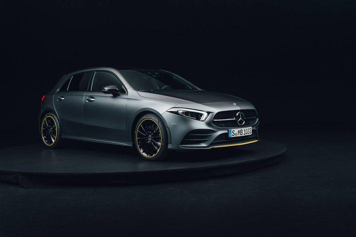 Mercedes Benz ætlar sér stóra hluti með nýjum A-Class og hefur hlaðið hann nýjustu tækni.