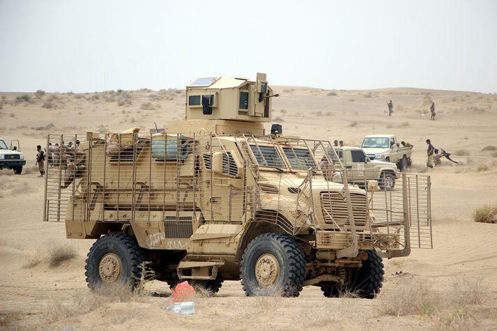 Brynvagn stjórnarhers Jemens í aðgerðum gegn Houthi-uppreisnarmönnum. Myndin tengist efni fréttarinnar ekki með beinum hætti.