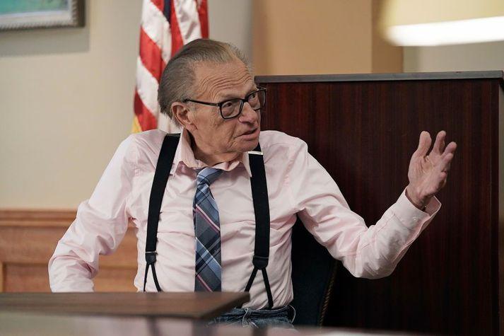 Larry King er 87 ára gamall og dvelur nú á sjúkrahúsi í Los Angeles.