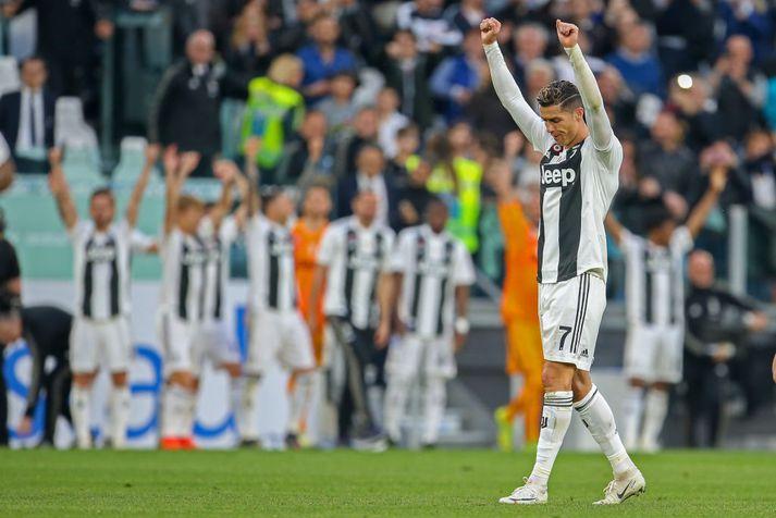 Ronaldo fagnar í dag