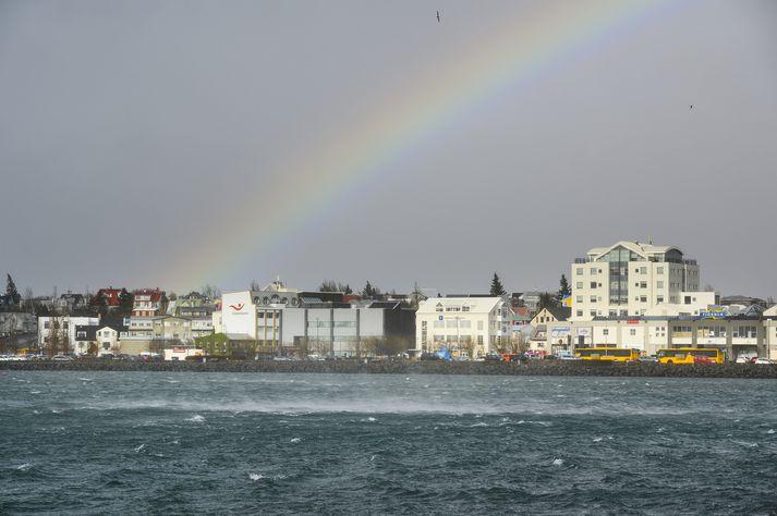 Meirihlutinn í Hafnarfirði var gagnrýndur fyrir að hækka ekki útsvar.