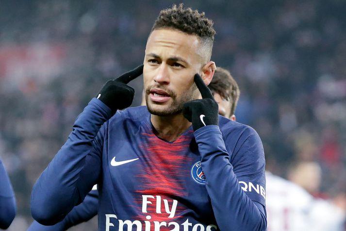 Neymar hefur verið sterklega orðaður við Barcelona