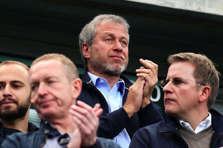 Roman Abramovich er eigandi Chelsea, en þeir hafa verið duglegir á félagsskiptamarkaðinum.