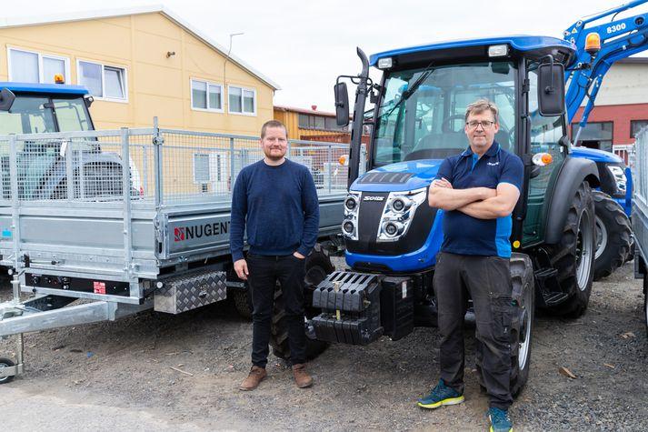 Jón Valur Jónsson og Ingvar Sigurðsson stofnuðu Vallarbraut árið 2015 og flytja inn dráttarvélar, mótorhjól og ýmis landbúnaðartæki, kerrur og vagna.
