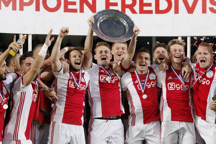 Ajax vann tvöfalt á tímabilinu.