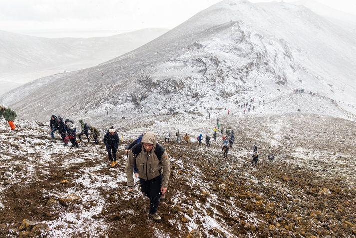 Vindáttin verður ekki hagstæð fyrr en um hádegi en þó má búast við köldu veðri.