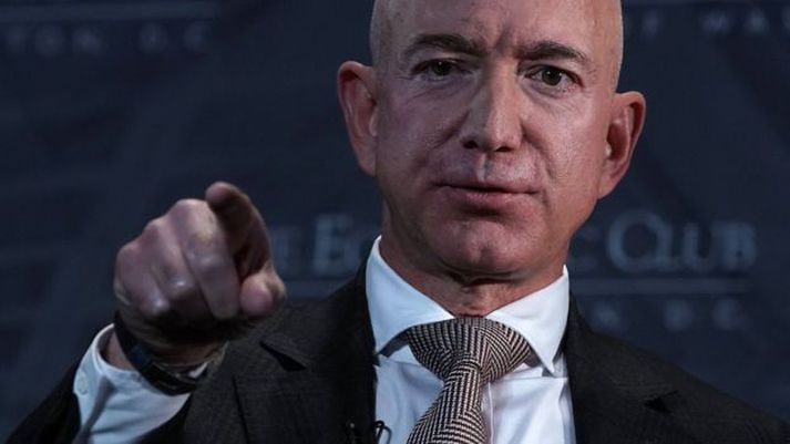 Jeff Bezos, stofnandi Amazon, er ríkasti maður heims.