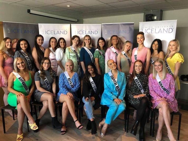 Tuttugu stelpur keppast um titilinn Miss Universe Iceland í ár.