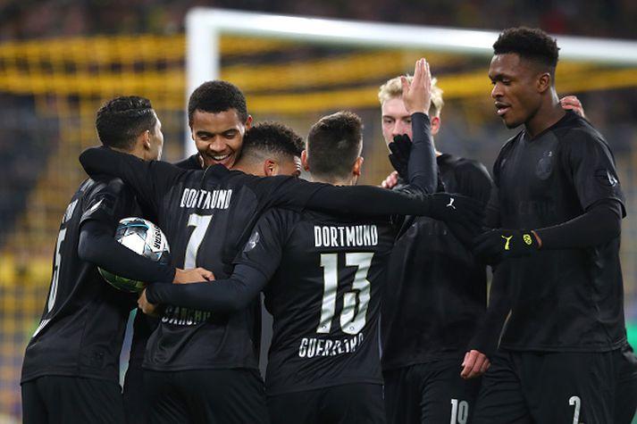 Dortmund lék í sérstökum afmælisbúningum í dag.