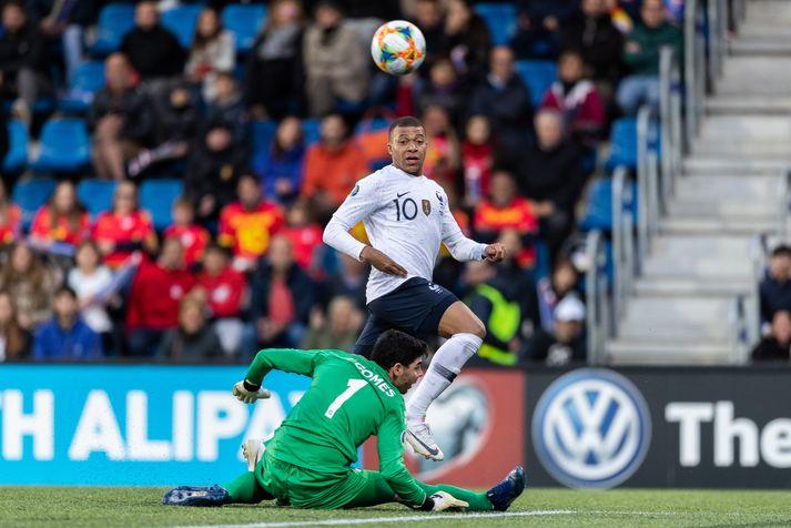 Mbappé kom Frökkum á bragðið gegn Andorramönnum.