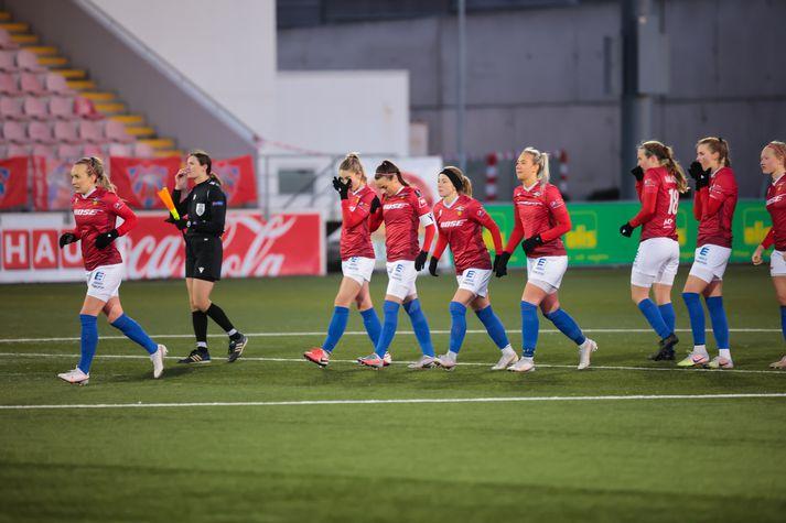 Það gæti farið svo að meistaraflokkar Vals taki ekki þátt í Reykjavíkurmótinu árið 2021.