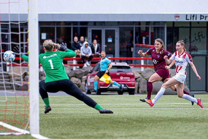 Murielle Tiernan kom Tindastóli á bragðið gegn Fylki.