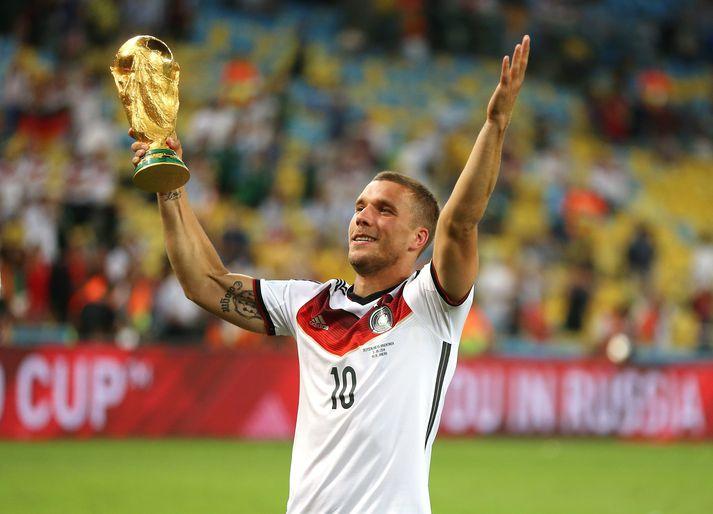 Lukas Podolski varð heimsmeistari 2014. Hann mun hins vegar upplifa æskudrauminn nú á sunnudaginn.