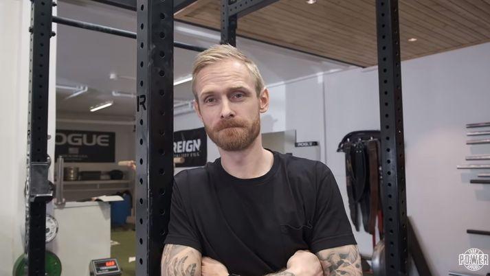 Björgvin Páll hjálpaði Fjallinu að anda rétt.