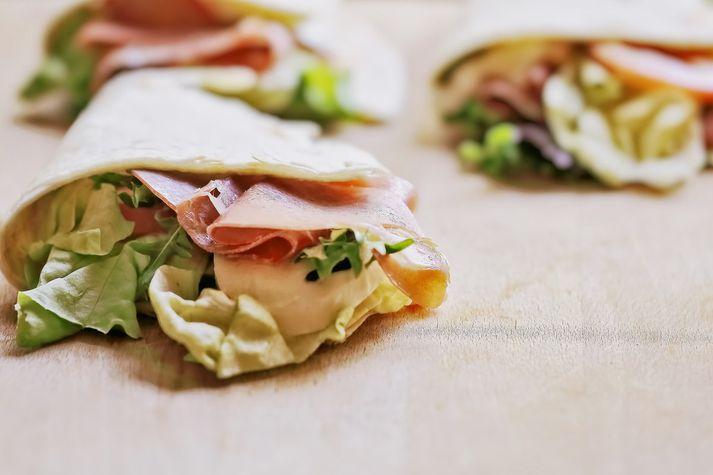 Tortilla-kökur má fylla með alls kyns kjöti og grænmeti eftir smekk hvers og eins.