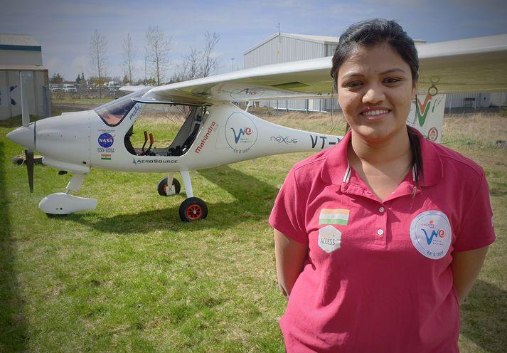 Aarohi Pandit er 23 ára atvinnuflugmaður sem hyggst fljúga fisflugvél umhverfis hnöttinn.