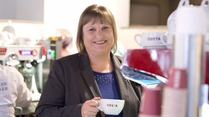 Alison Brittain, forstjóri Whitbread, telur að salan muni ýta undir enn frekari vöxt Costa Coffee.