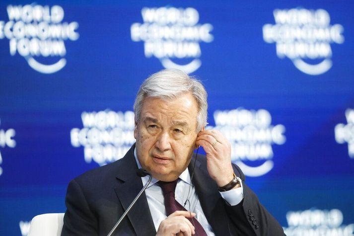 António Guterres hvattiríki heims til sex loftslagsvænna aðgerða til að takast á við faraldurinn.