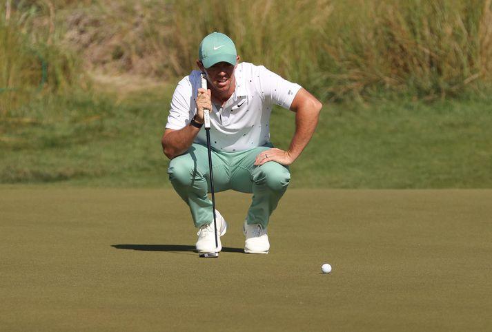 Rory McIlroy vann loks mót fyrir tveimur vikum og mætir fullur sjálfstrausts til leiks á PGA meistaramótinu.