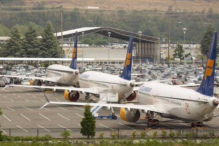 Þrjár af þeim 737-MAX vélum sem Icelandair átti að fá frá Boeing hafa meðal annars verið geymdar á þessu bílastæði í grennd við verksmiðju Boeing við Seattle í Bandaríkjunum.