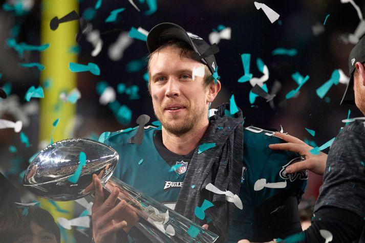 Foles var valinn maður leiksins í Super Bowl.