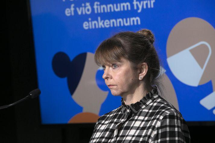 Unnur Sverrisdóttir, dyrektor Urzędu Pracy podczas dzisiejszej konferencji prasowej.