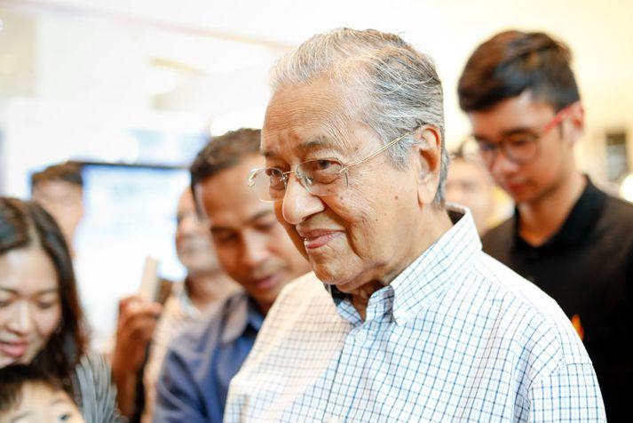 Mahathir Mohamad hefur lengi verið áberandi í malasískum stjórnmálum.