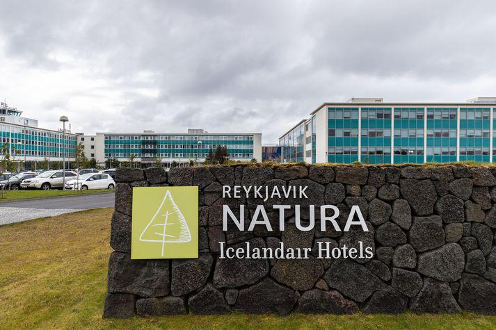 Gengið var frá kaupum Berjaya á 75% hlut í Icelandair Hotels í apríl á síðasta ári.