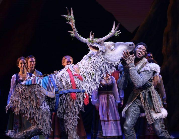 Frá uppsetningu Frozen á Broadway í New York.