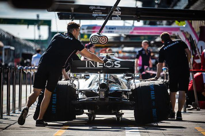 Heimsmeistarinn Lewis Hamilton keppir ekkert á næstunni.
