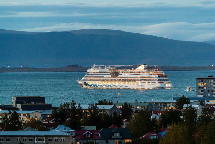 26 skemmtiferðaskip hafa afboðað komu sína hingað til lands næsta sumar.