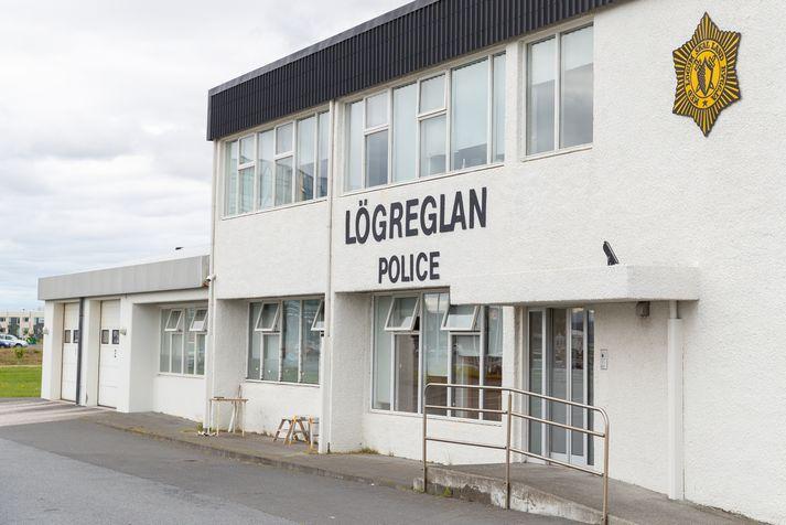 Ökumaðurinn var stöðvaður af lögreglunni á Suðurnesjum á Reykjanesbraut.