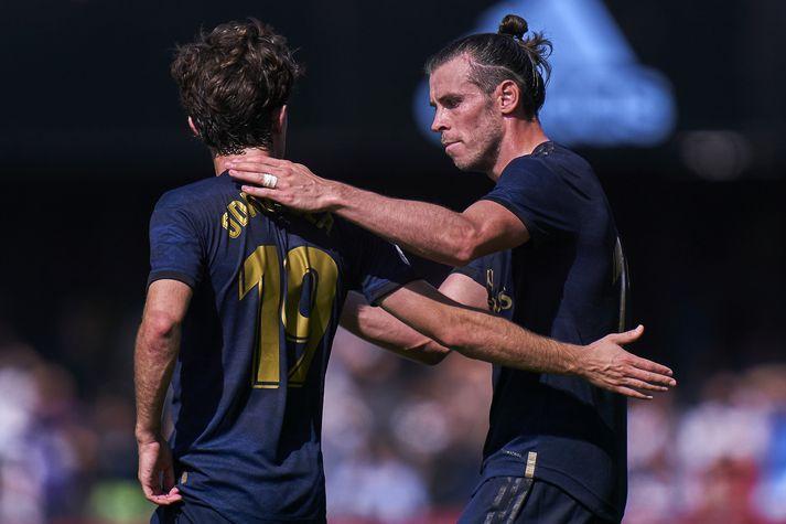 Gareth Bale fagnar marki í dag.