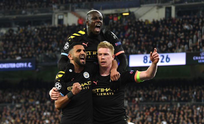 Manchester City fagnar sigurmarkinu gegn Real Madrid í kvöld.