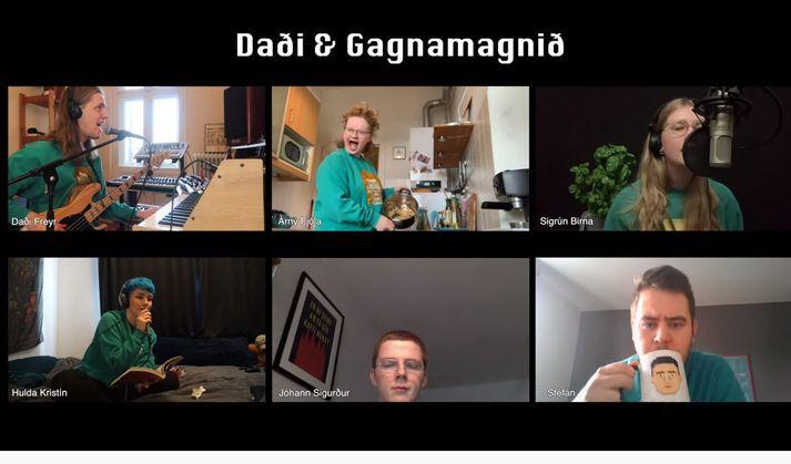 Daði og Gagnamagnið nýttu sér tæknina og sungu Think About Things í fjarfundabúnaði.