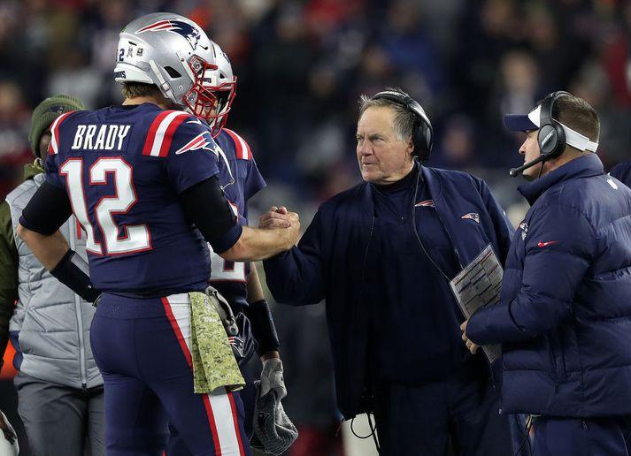 Belichick hrósar Brady í leiknum.