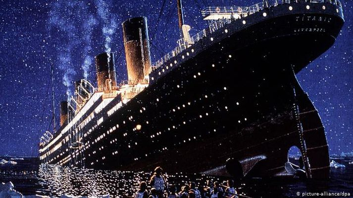 Titanic sökk árið 1912 í jómfrúarferðinni.