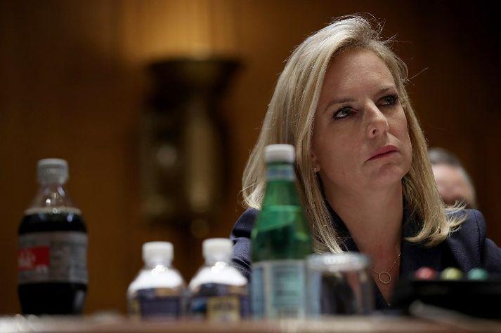 Nielsen fékk það óþvegið frá Trump á ríkisstjórnarfundi í gær.