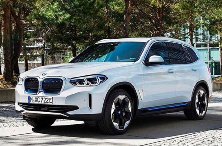 Mynd af BMW iX3 sem lekið var af Cochespias á Instagram.