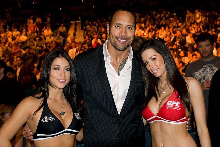 Steinar er mikill UFC-maður.