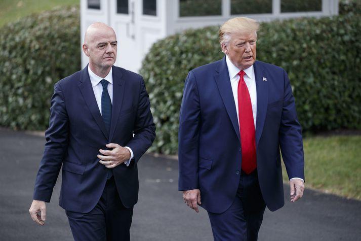 Donald Trump og Gianni Infantino, forseti alþjóða knattspyrnusambandsins.