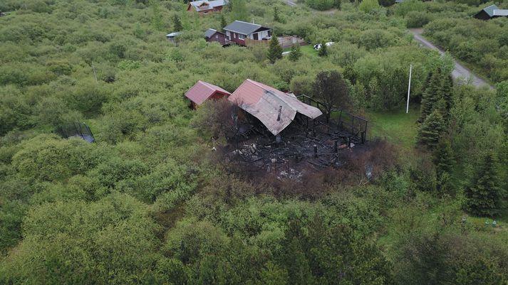 Sumarbústaður brann í Skorradal fyrir tveimur árum.